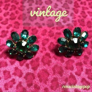 Emerald Green Glass Clip Ons 50s/60's